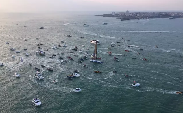 新一届旺代单人不间断环球帆船赛冠军诞生 创造全新记录