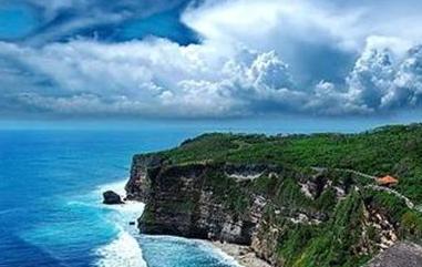 印尼巴厘岛海域22日早上发生6.4级地震