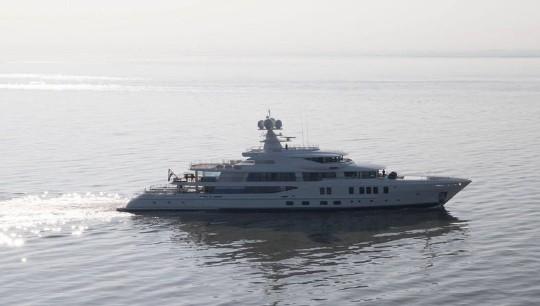 第二艘Amels限量版242开始进行海试