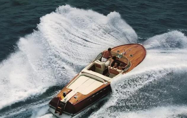 法拉帝,游艇,法拉帝集团参加第一届韦西里亚游艇盛筵 致敬Carlo Riva先生