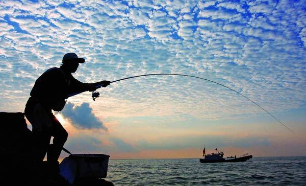 海钓,散饵,断线,怎么使用海钓鱼竿?