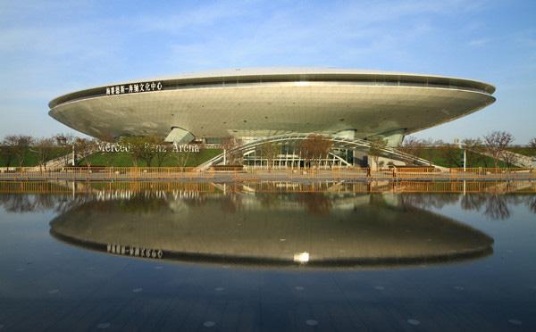奔驰续约冠名上海梅赛德斯奔驰文化中心