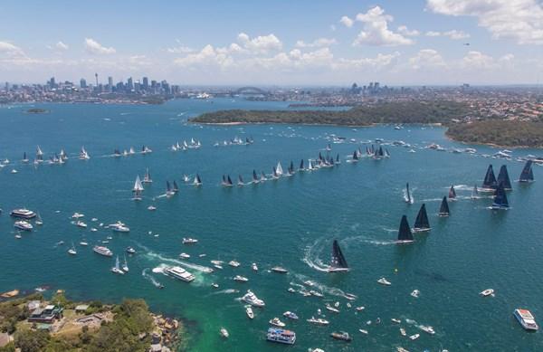 博纳多帆船在悉尼霍巴特帆船赛斩获组别冠亚季军