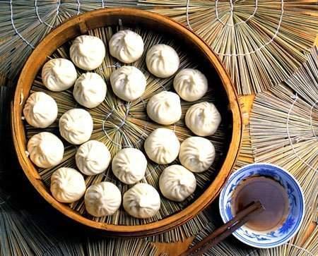 去上海旅游必吃的四种特色小吃