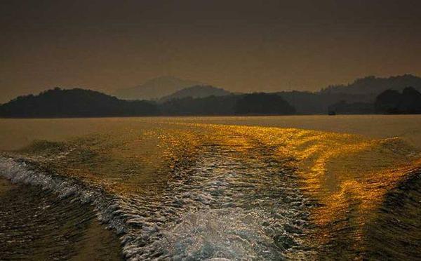 在冬季如何避免冷水出航时的危险