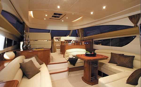 豪华游艇皮质沙发怎么保养?