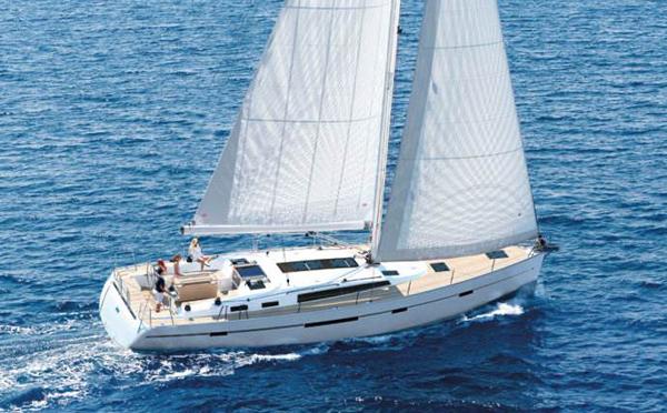 帆船船体甲板怎么维护与保养?
