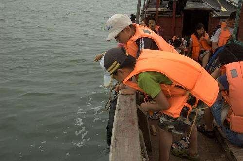 在航海过程中 怎样预防和应对晕船?