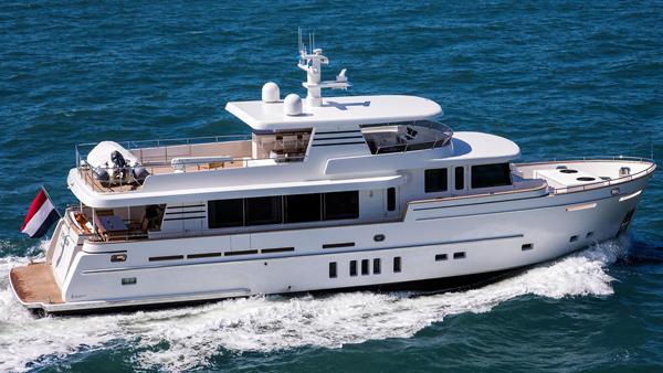 荷兰Van Der Valk发布最新25米游艇 Dutch Falcon首照