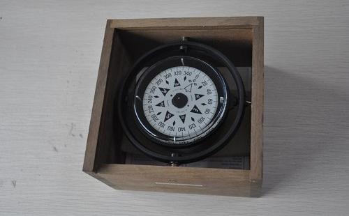 磁罗经导航知识和如何使用