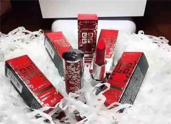 纪梵希,纪梵希推出2018新年限量版口红和散粉