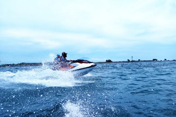 中国摩托艇联赛,艺术滑水,中国摩托艇联赛暨中美澳艺术滑水精英赛完美落幕