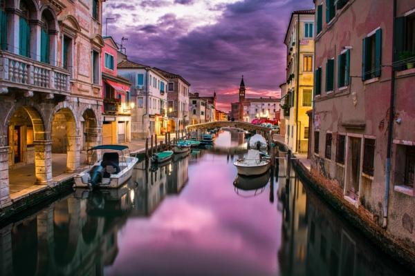 水城不欢迎它们!意大利威尼斯拟禁止大型游轮入城